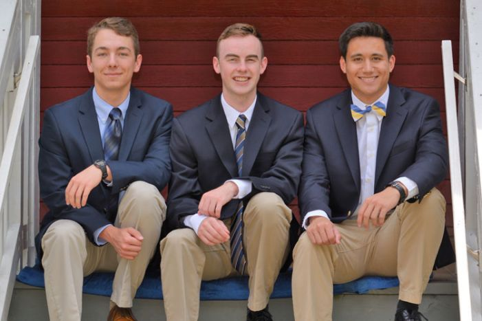 It's 'Anchors Aweigh' for three Whitewater grads
