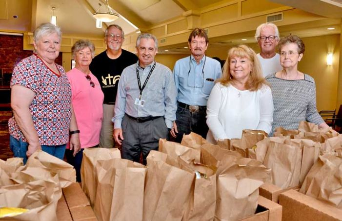 Fayetteville Christian members show appreciation for Christian City staff