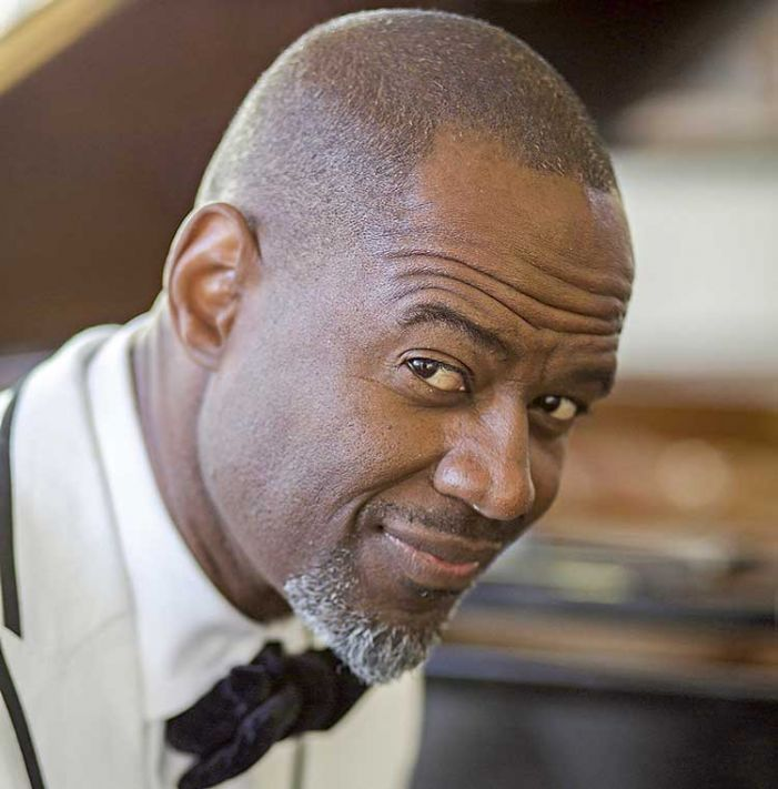 Brian McKnight to play Peachtree City