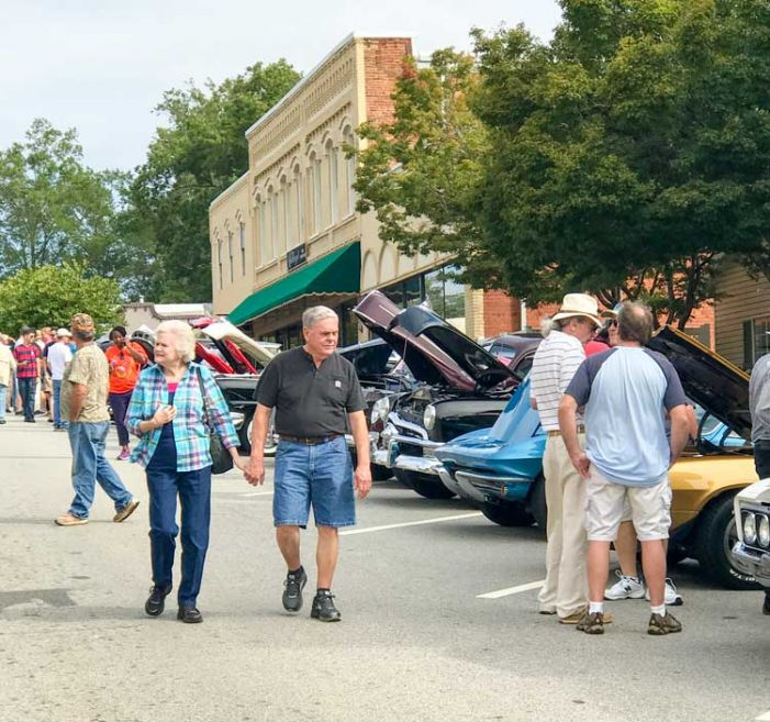 Senoia hosts classic cars show