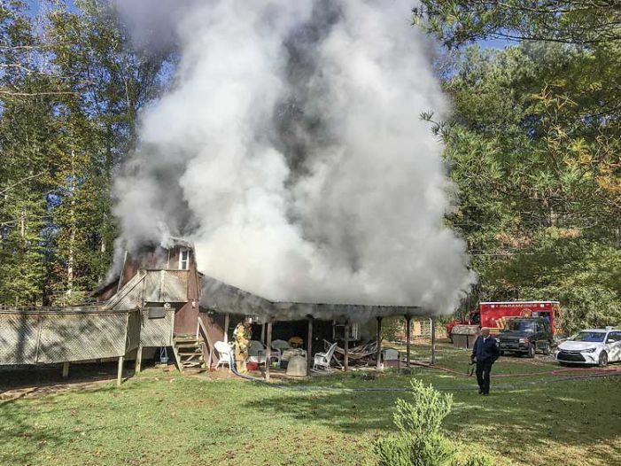 Pets die in Tyrone house fire; Lee Center fire limited to one unit