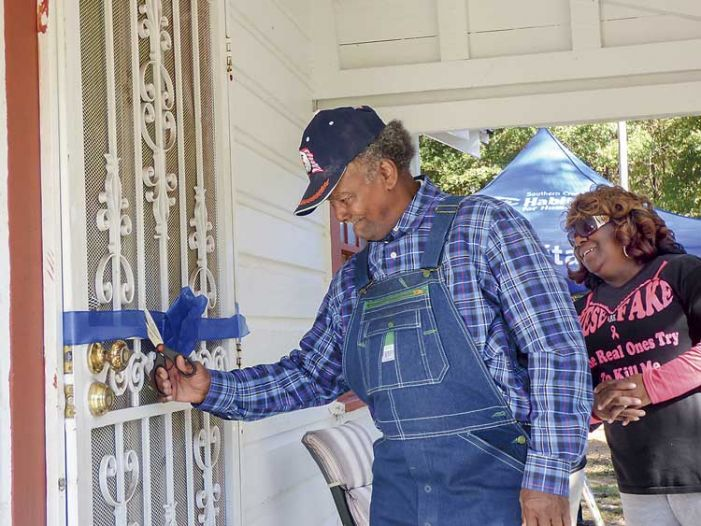 Lifelong Fayette resident, 81, gets an indoor bathroom in time for the holidays
