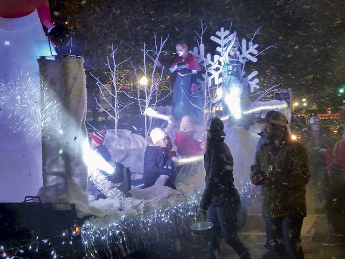 Newnan Christmas parade a snowy holiday highlight
