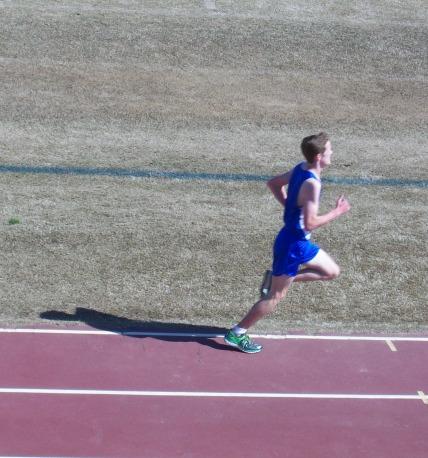 Pattiz running at state