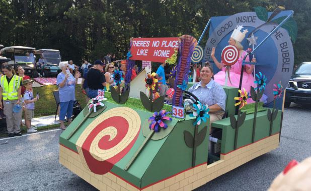 New Neighbors League cart takes 1st place PTC Parade award