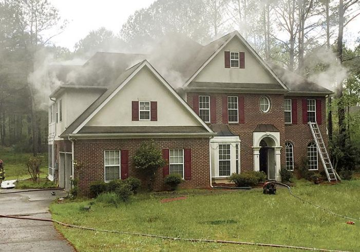Kitchen fire doused south of Peachtree City