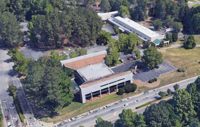 Landmark bank building in Peachtree City to get facelift