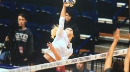 Local volleyball star turning pro